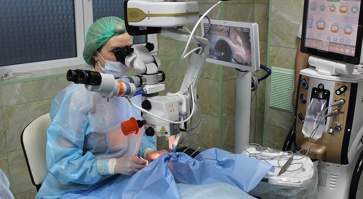 Может помочь имплантация факичной линзы без извлечения хрусталика